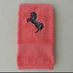 Details: Handtuch Himbeer Pferd